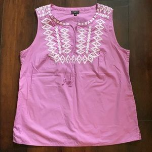 Talbots sleeveless top with embroidery detail MP